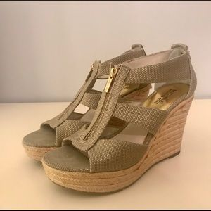 Women's neutral wedges
